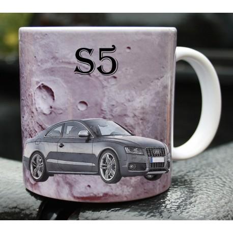 Hrneček auto Audi Quattro S5 2008