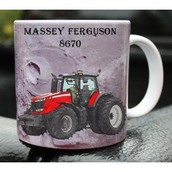Foto hrneček traktor MASSEY FERGUSON 8670