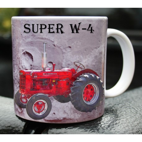 Foto hrneček traktor Mc Cormick Super W-4