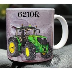 Foto hrneček traktor John Deere 6210R