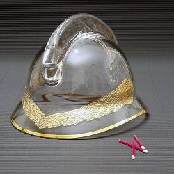 Skleněná hasičská přilba malá